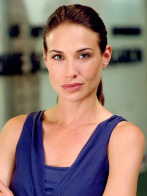 claire-forlani-age-height-weight