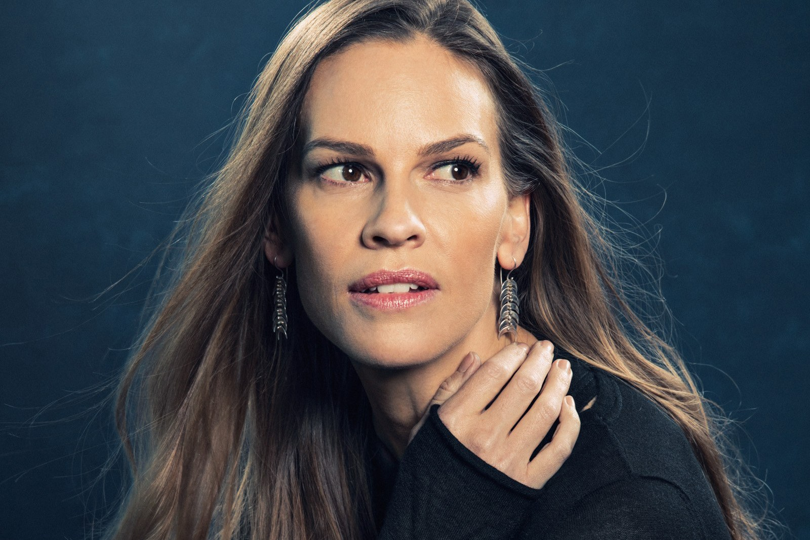 Hilary-Swank-Age-Height-Weight