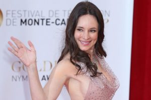 Madeleine-Stowe-Age-Height-Weight
