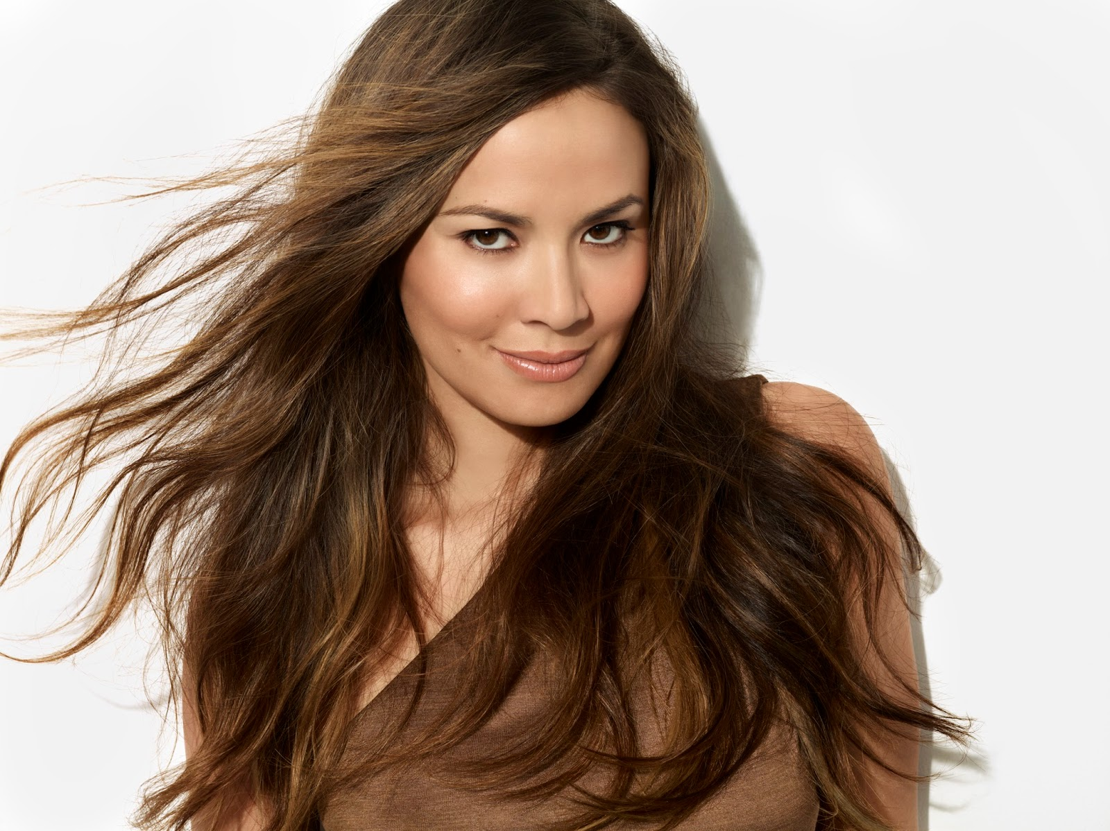 moon_bloodgood-age-height-weight-net worth