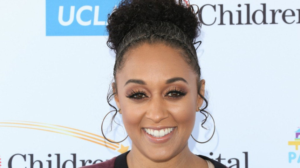 tia-mowry-age-height-weight-networth