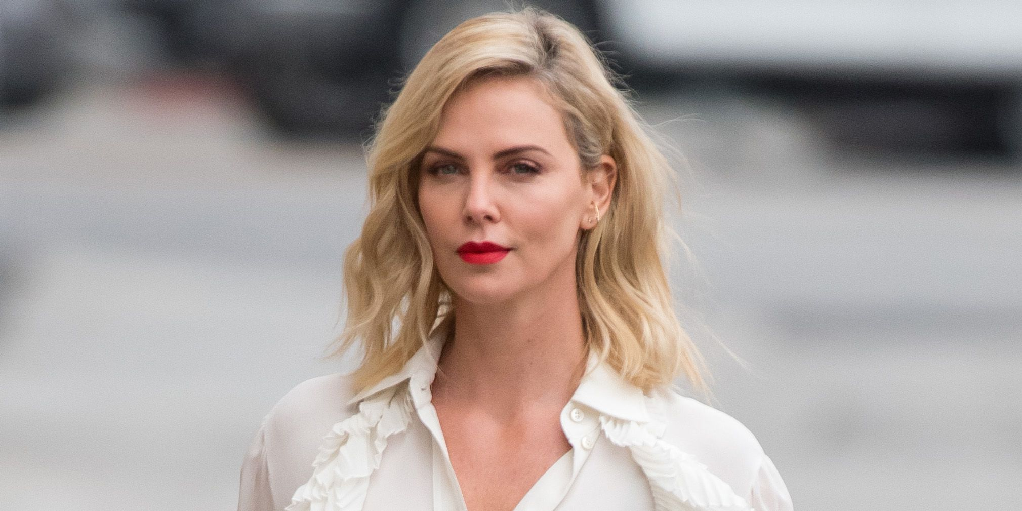 Charlize-Theron-Wiki-Biography-Age-Height-Weight-Profile-Body Measurement
