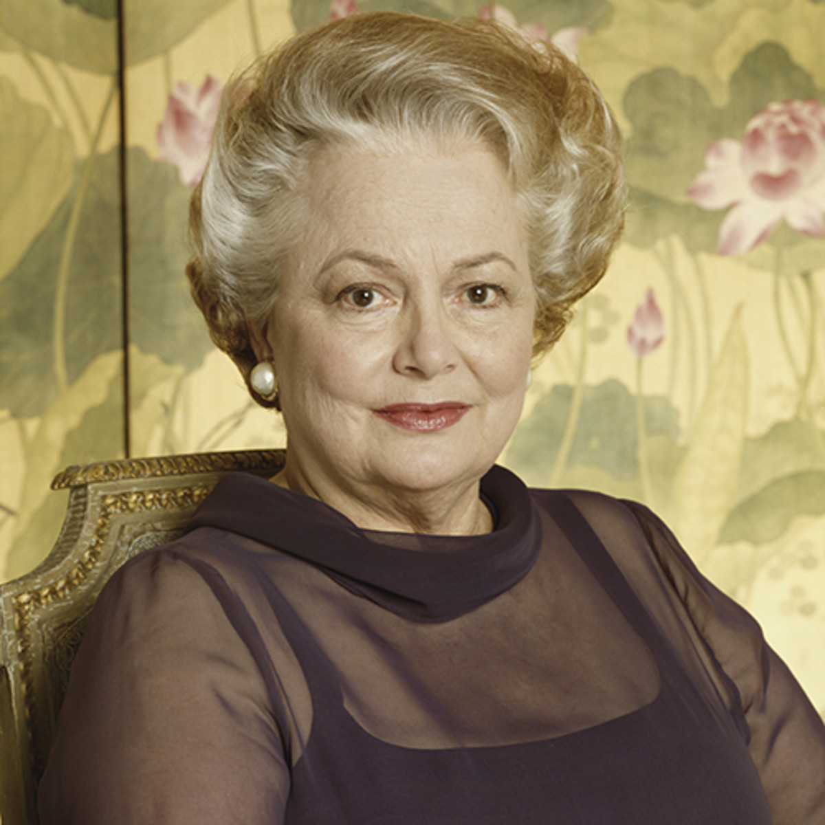 Olivia-de-Havilland-Wiki-Biography-Age-Height-Weight-Profile-Body Measurement