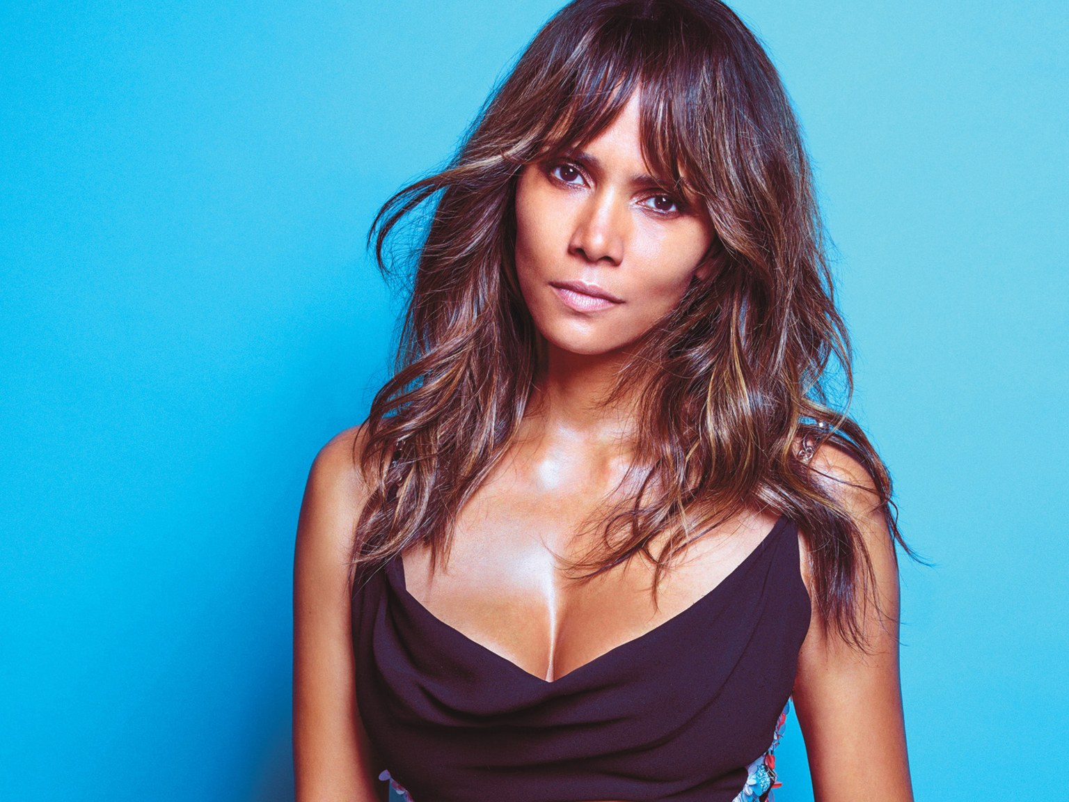 halle-berry-age-height-weight