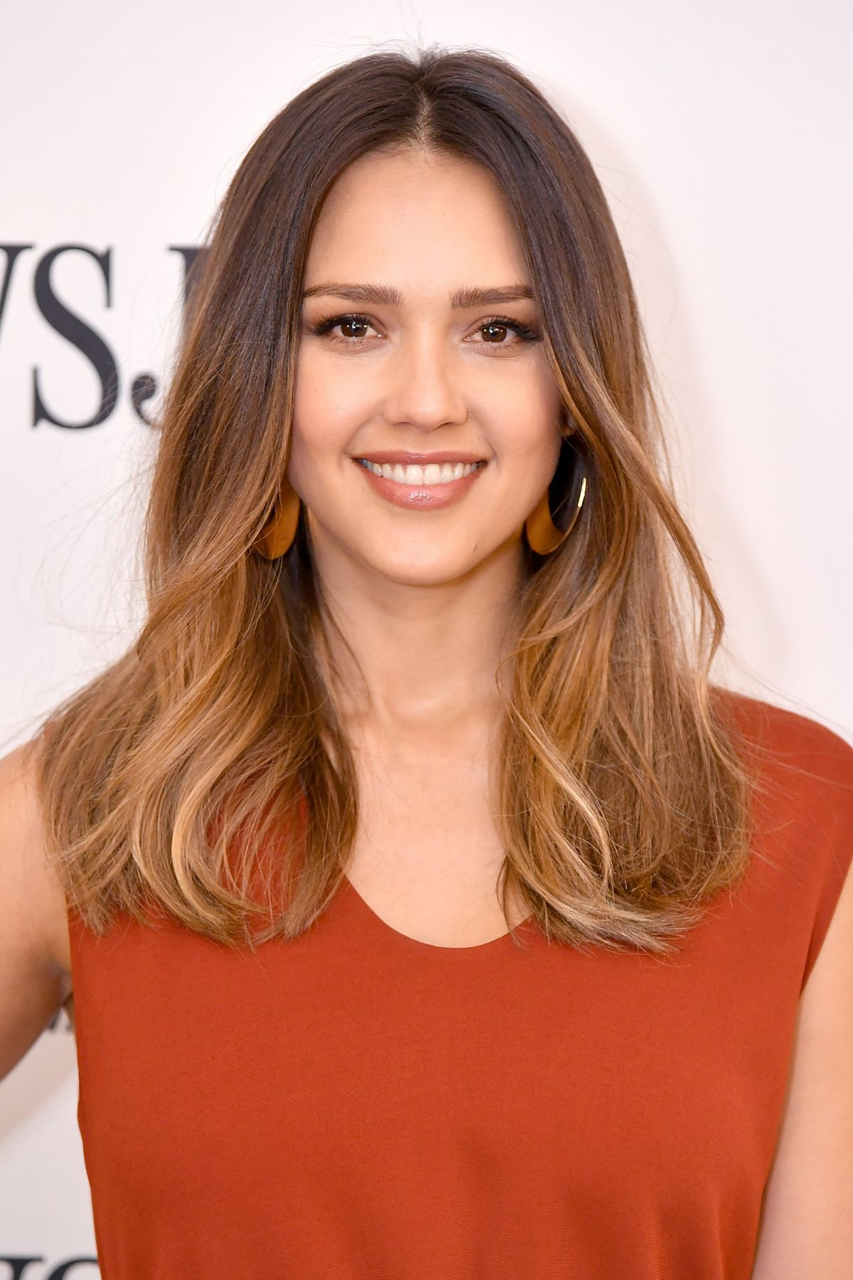 jessica-alba-age-height-weight - Read the Latest Bio and Gossips of your favorite Celebrity at