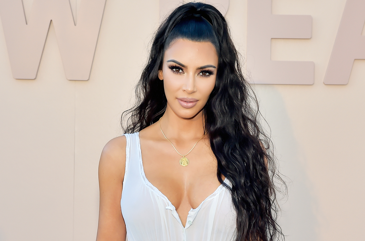 Kim Kardashian Body Measurements, Net Worth, Height, Facts ...