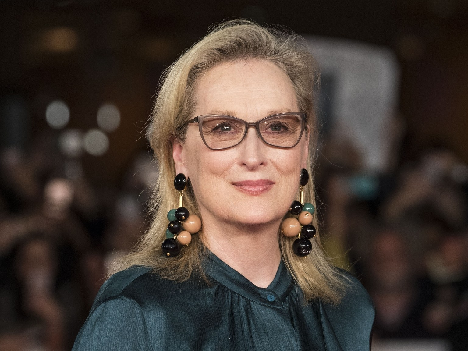 meryl-streep-age-height-weight-body-measurement