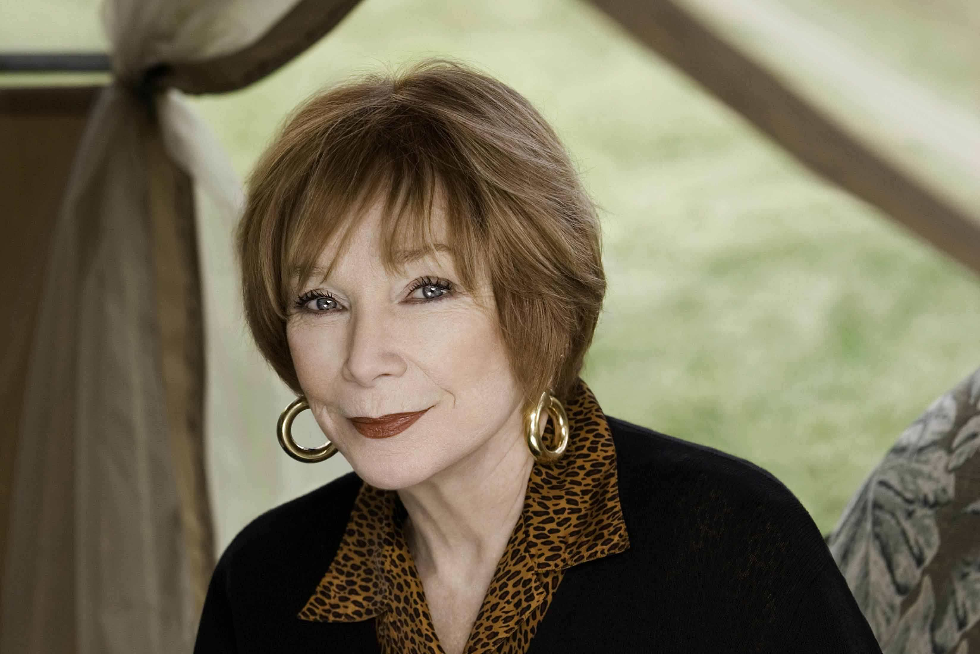 shirley-maclaine-age-height-weight