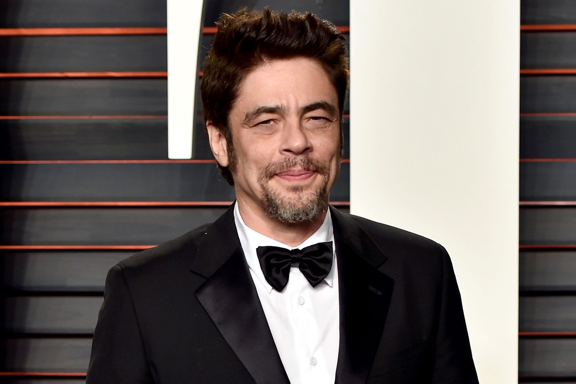Benicio-Del-Toro-Height-Weight-Age-Size-Affairs-Body-Stats
