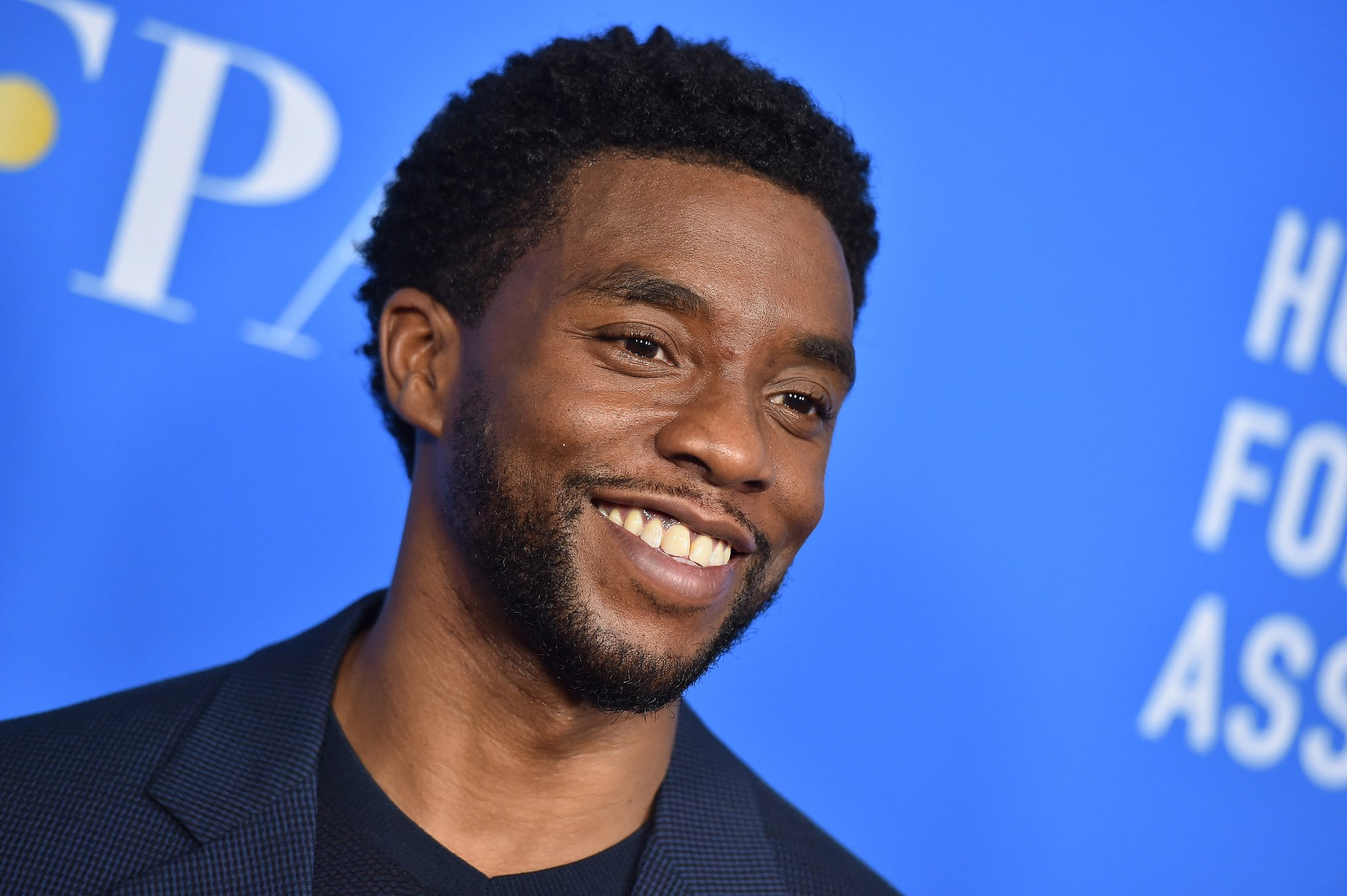 Chadwick-Boseman-Height-Weight-Age-Size-Affairs-Body-Stats