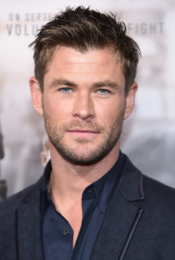 Chris-Hemsworth-Height-Weight-Age-Size-Affairs-Body-Stats