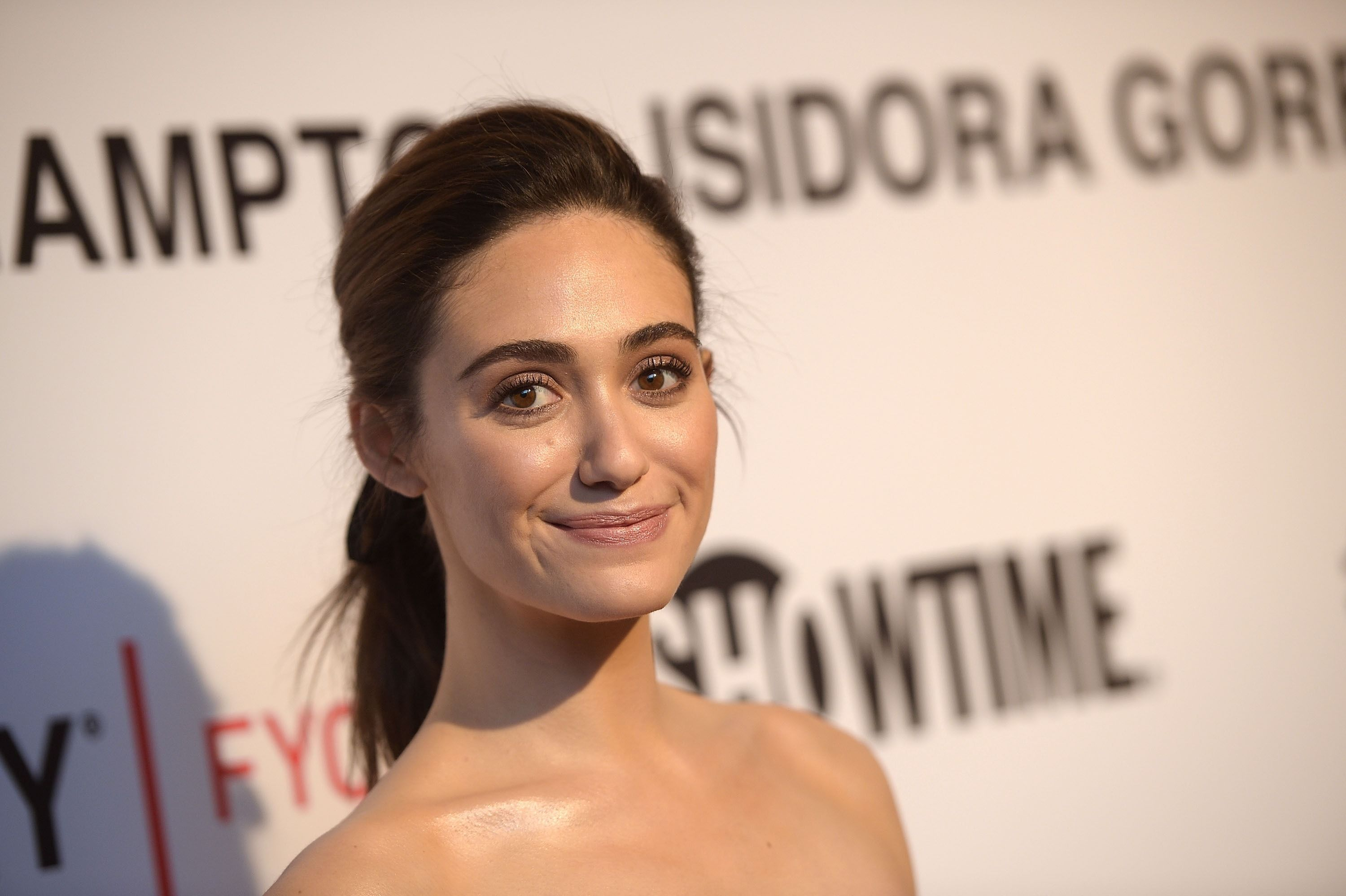 Emmy-Rossum-Wiki-Biography-Age-Height-Weight-Profile-Body Measurement