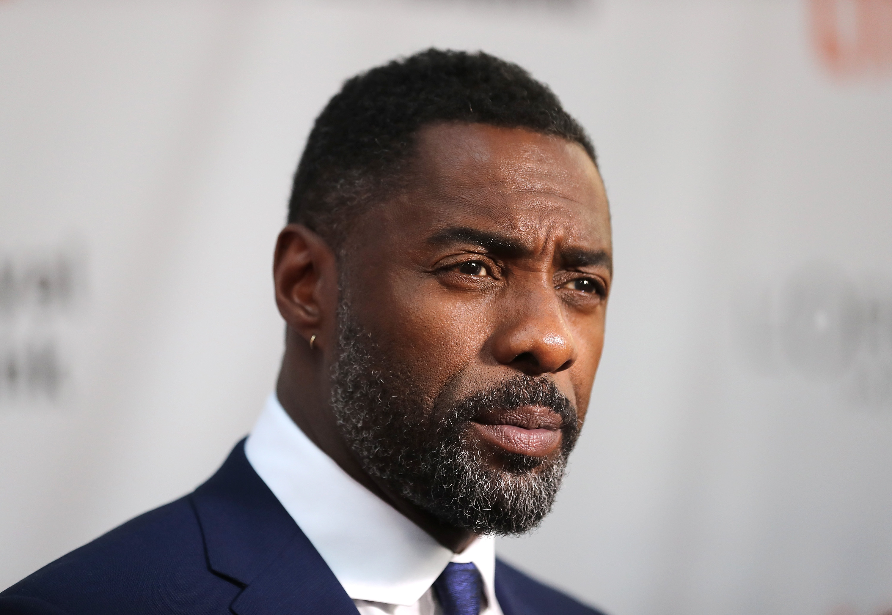 Idris-Elba-Wiki-Biography-Age-Height-Weight-Profile-Body-Measurement