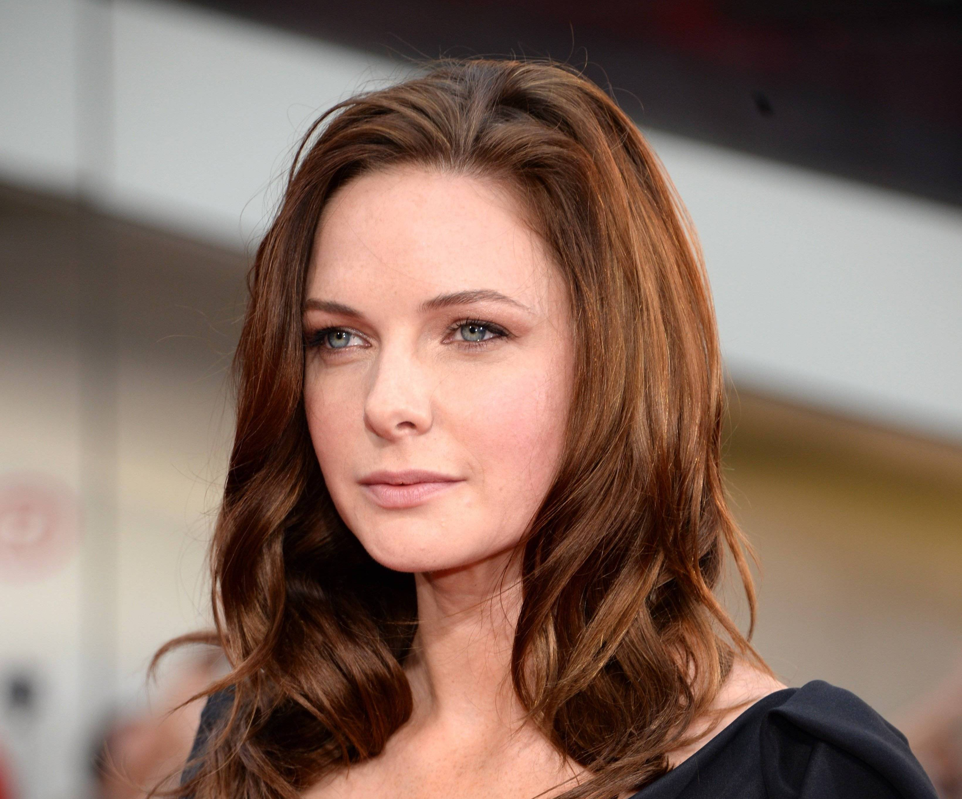Rebecca-Ferguson-Wiki-Biography-Age-Height-Weight-Profile-Body Measurement