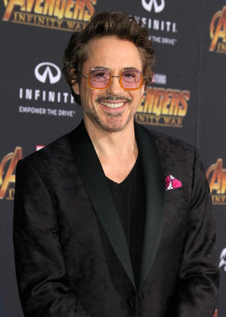 Robert-Downey-Jr.-Height-Weight-Age-Size-Affairs-Body-Stats