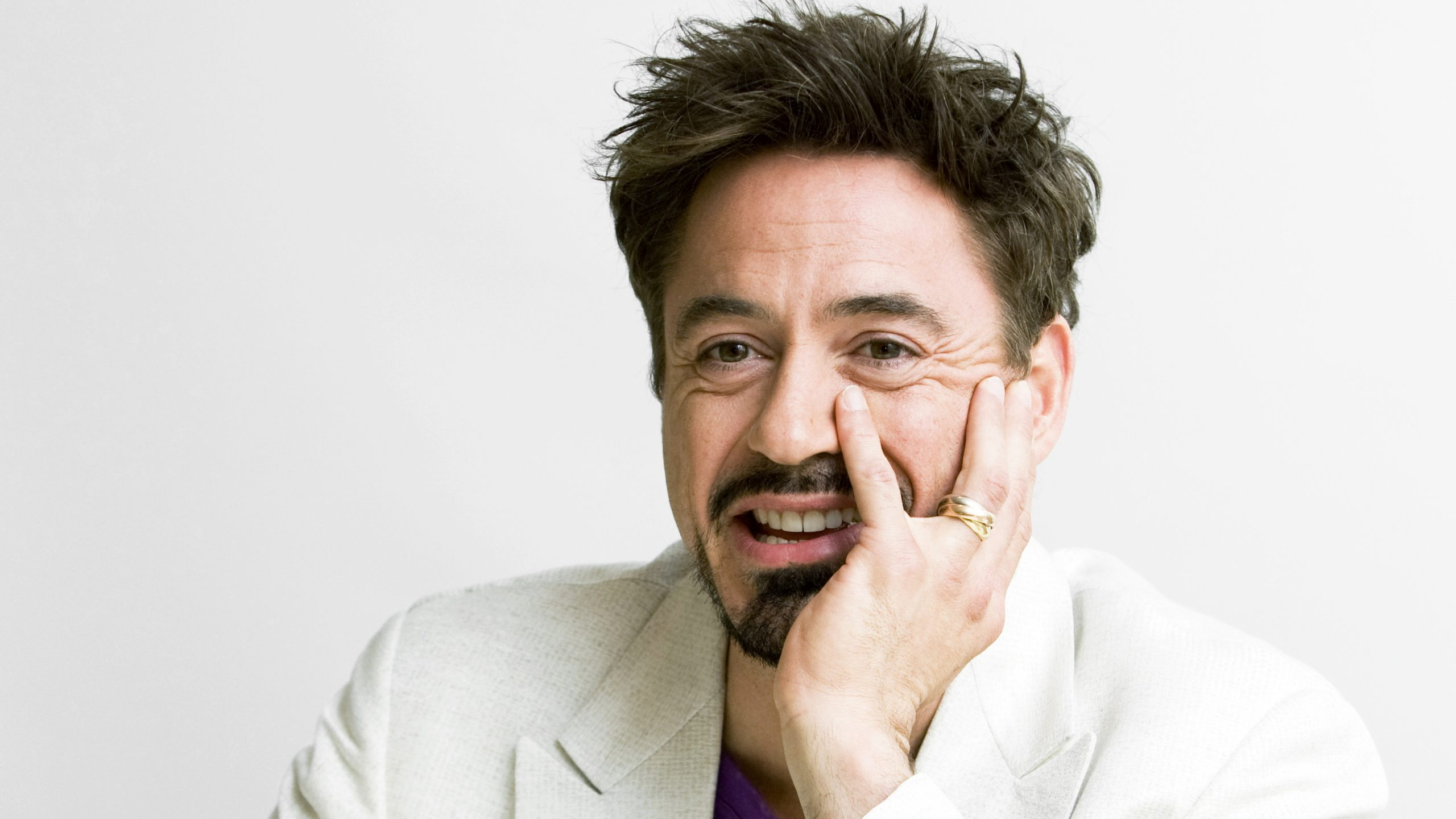Robert-Downey-Jr.-Wiki-Biography-Age-Height-Weight-Profile-Body Measurement