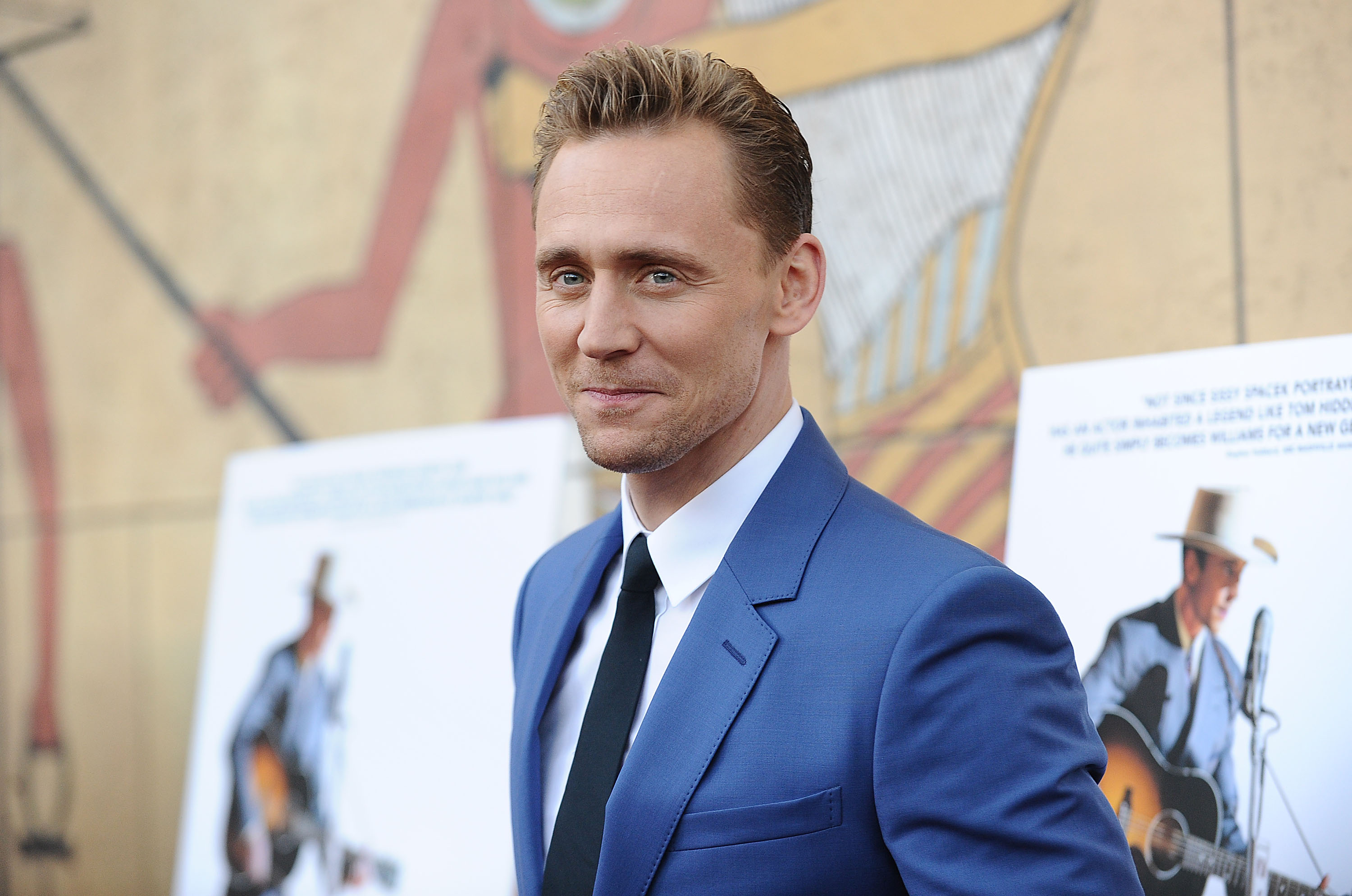 Tom-Hiddleston-Height-Weight-Age-Size-Affairs-Body-Stats
