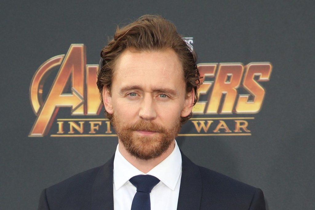 Tom-Hiddleston-Wiki-Biography-Age-Height-Weight-Profile-Body Measurement