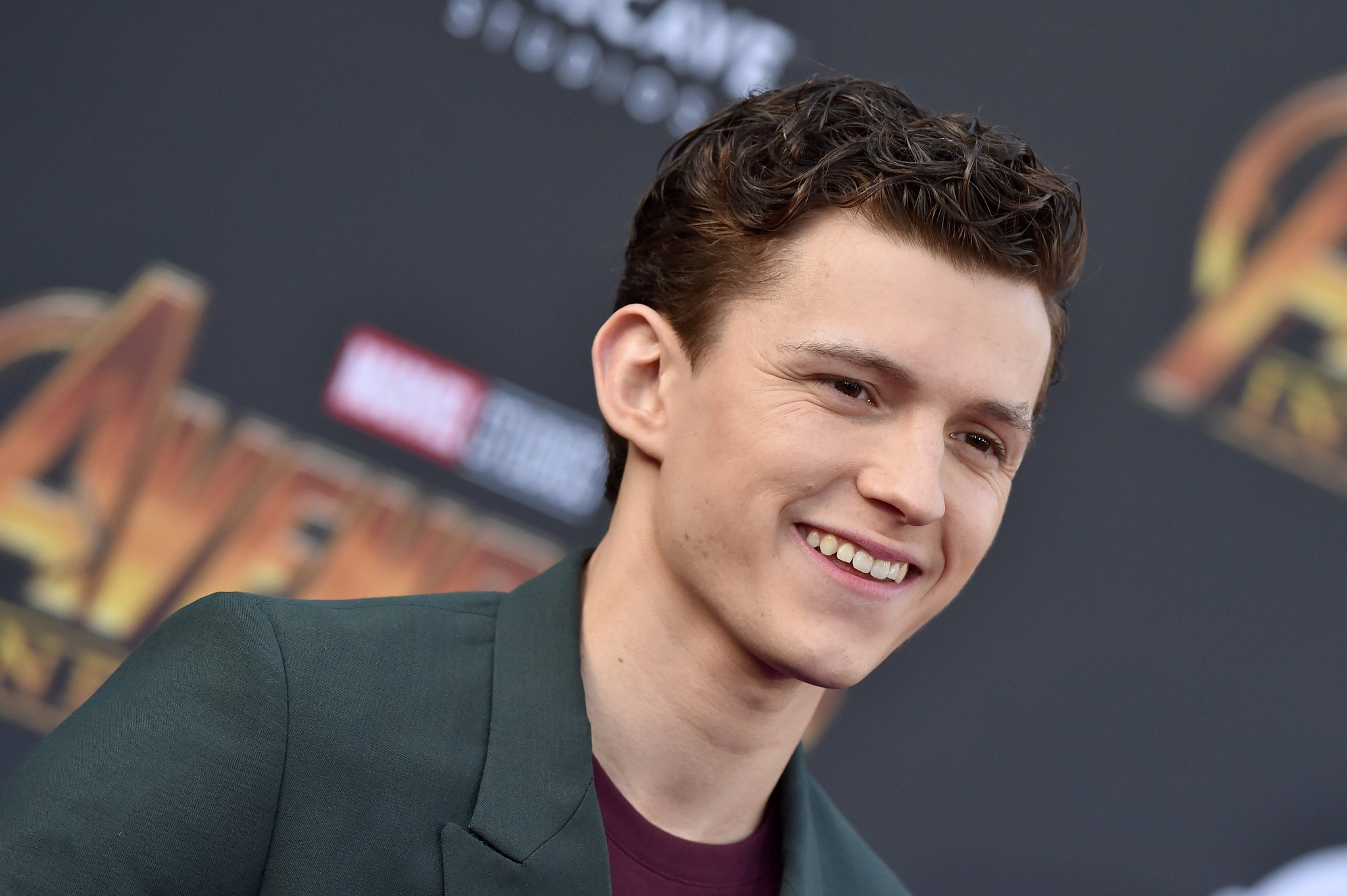 Tom-Holland-Height-Weight-Age-Size-Affairs-Body-Stats