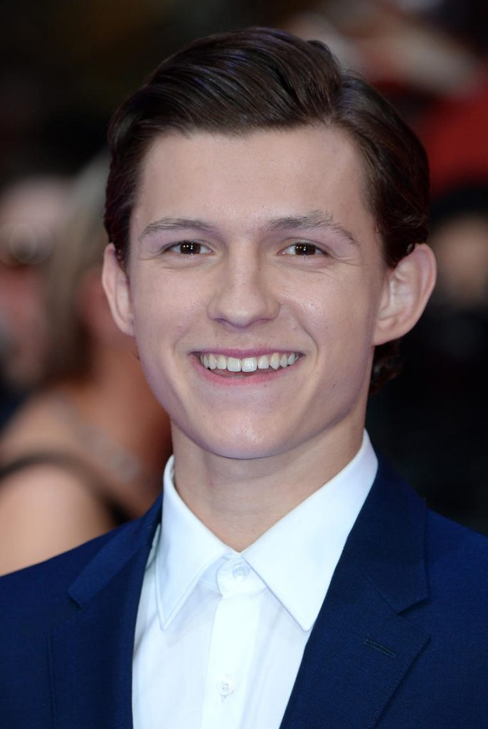 Tom-Holland-Wiki-Biography-Age-Height-Weight-Profile-Body-Measurement