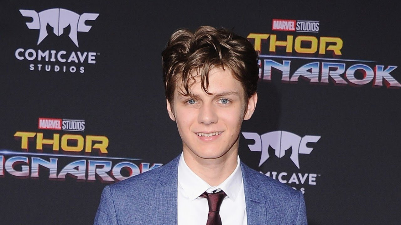 Ty-Simpkins-Wiki-Biography-Age-Height-Weight-Profile-Body Measurement