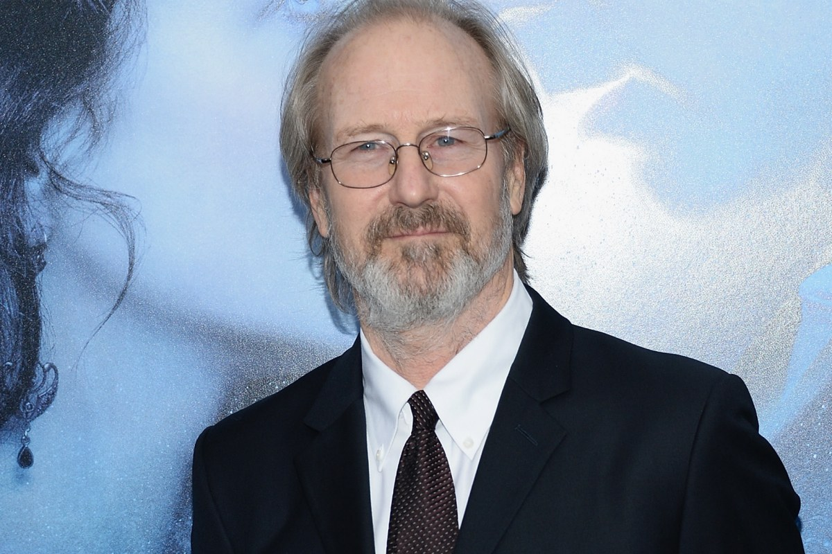 William-Hurt-Height-Weight-Age-Size-Affairs-Body-Stats