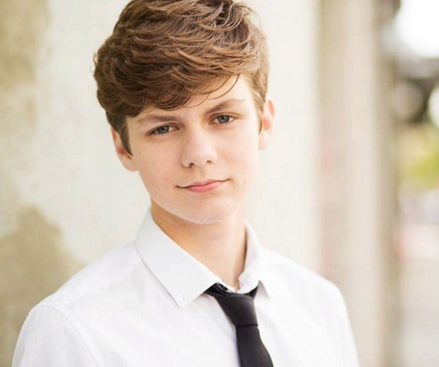 ty-simpkins-age-height-weight-body-measurement-net-worth