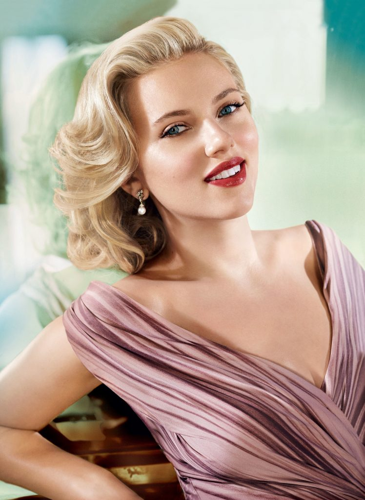 scarlett-johansson-age-height-weight